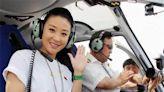 苗圃是國內第一個拿到飛行駕照的女明星,卻因孩子放棄開飛機