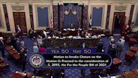 Republicans block Democrats' voting rights bill