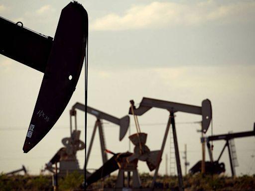亞洲疫情升溫加劇需求擔憂 國際油價小幅下跌 - 自由財經