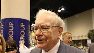 Here's Why Warren Buffett Isn't Buying Many Stocks Right Now