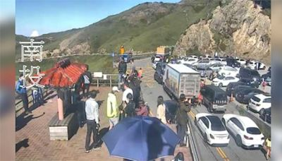 合歡山塞爆了!民眾湧上山 停車場一位難求-台視新聞網