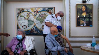 遏制Delta變異株傳播 以色列開放60歲以上人士打第3劑輝瑞疫苗 | 蘋果新聞網 | 蘋果日報