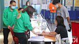 新冠疫苗|總接種達300萬劑 今日打針及預約俱增 6人昨不適送院
