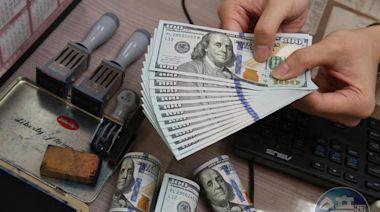 「只要看到27字頭都該買」 匯銀主管曝下月起美元將走強