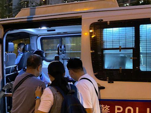 警將軍澳打擊非法電動車 拘5人扣4車