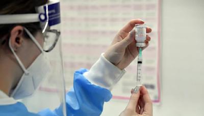 斯洛伐克贈台灣16萬劑AZ疫苗 6時14分運抵桃園國際機場