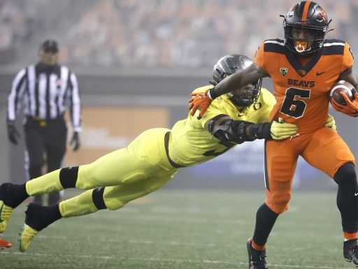 Oregon State pulls off the upset with victory over rival Oregon