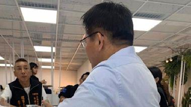 林佳龍感謝「76行者」修復太魯閣事故遺體 親送永生花
