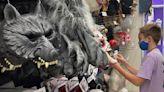 美民眾掃貨過萬聖節 最嚇人是扮不成鬼 - 工商時報