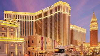Weekend in Vegas? The Venetian's New $450,000 Suite Package Comes With a Private Jet—and Lots of Diamonds