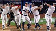 Yankees hit 5 home runs