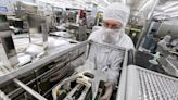Texas Instruments Sees Strong Demand; Shares Dip on Supply