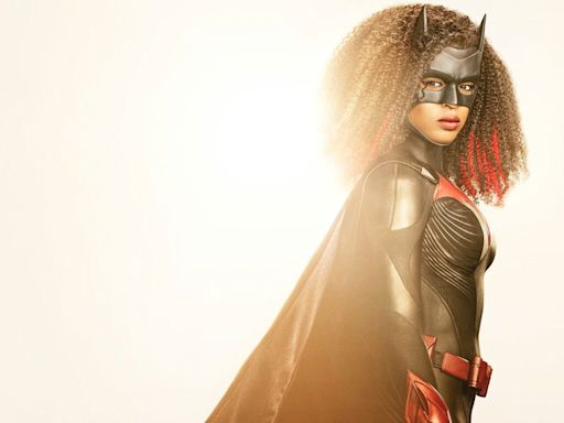 CW unveils Javecia Leslie as the new 'Batwoman' in a new suit