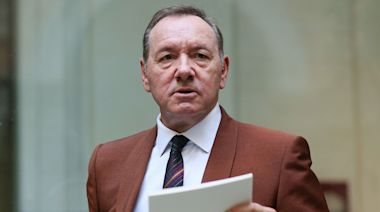 Kevin Spacey Settles Sexual Assault Lawsuit, Days After Accuser Found Dead