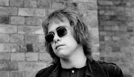 Flashback: Elton John Performs a Stunning 'Sixty Years On' at the Troubadour in 1970