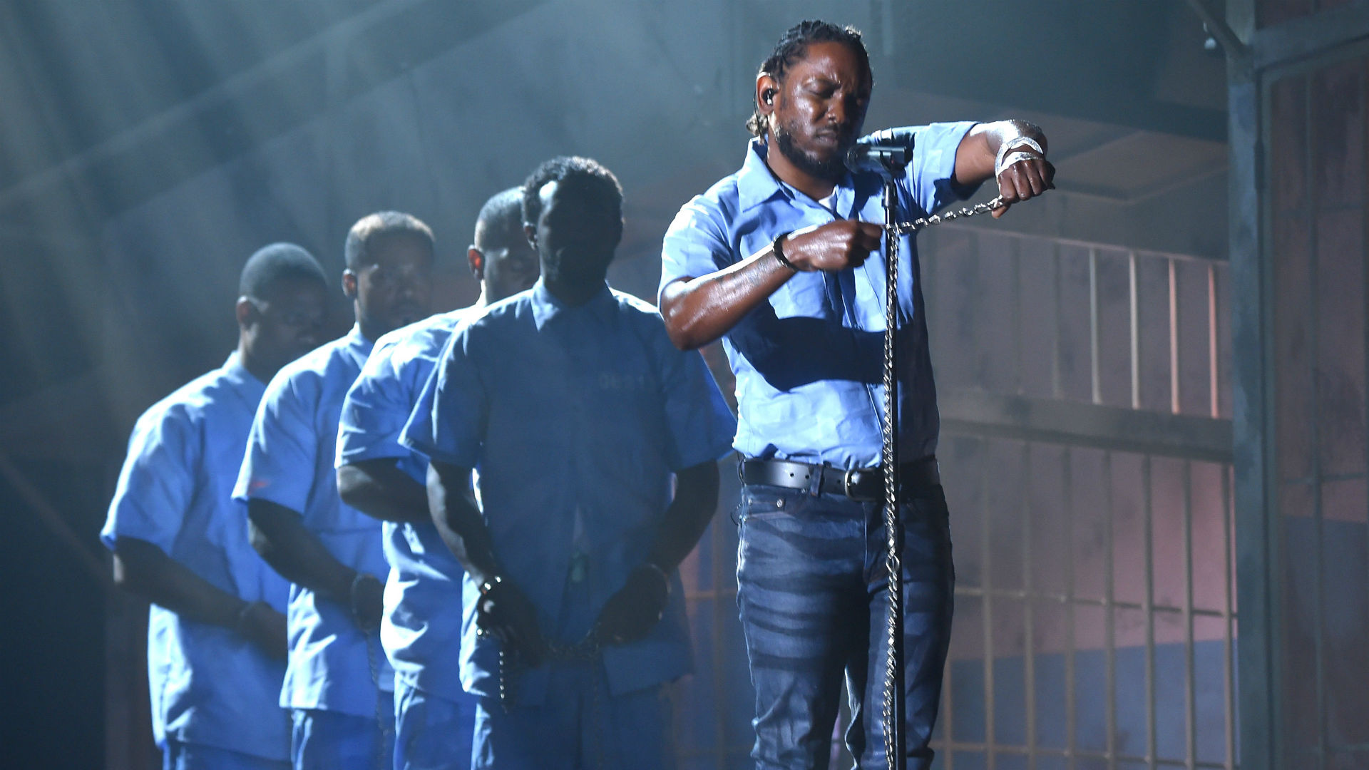Kendrick Lamar at the 2016 Grammys (Getty Images)