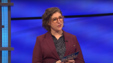 """Mayim Bialik Just Broke Her Silence on the """"Jeopardy!"""" Hosting Scandal"""