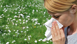 Are allergies or COVID causing your symptoms? Here's how to tell the difference