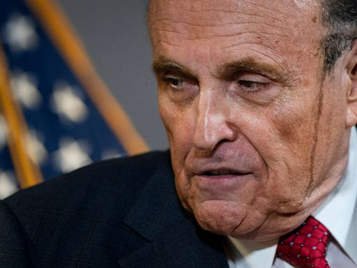 Rudy Giuliani shouts out 'My Cousin Vinny' at press conference, film's director reacts