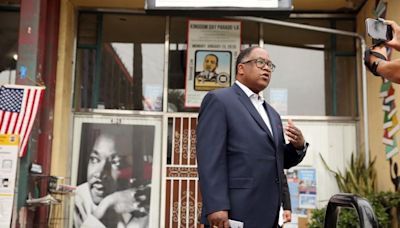 L.A. City Council president seeks to suspend Ridley-Thomas following indictment