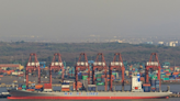 貨櫃三雄領反彈》萬海奔漲停反攻 法人:「2022年貨櫃航運」不是「2019年國巨翻版」