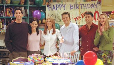 The Cast of 'Friends' Is Scary-Rich So Naturally We Ranked Their Net Worths