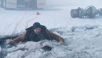 【本週新片】連恩尼遜《疾凍救援》凍成冰棒 趙寅成從兵變中《逃出摩加迪休》