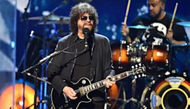 Jeff Lynne on ELO's Joyous New Album, His Renewed Love of Playing Live and the Traveling Wilburys: 'It Was Just Magic, Really'