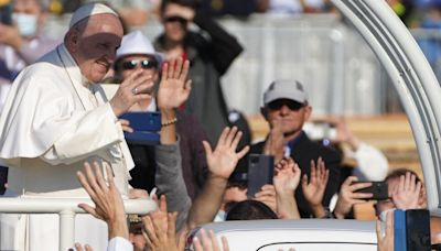 Pope Francis: 'Some people wanted me to die' during colon surgery