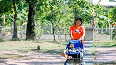 兒子被宣告只能活20歲 她推腦麻兒路跑環島:往前看才能跑下去|天下雜誌