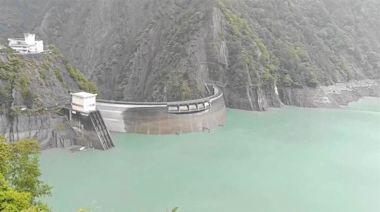 烟花神助功!德基水庫集水區進流量暴增6倍 蓄水量將破50% - 工商時報