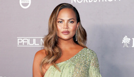 Chrissy Teigen Marks 100 Days of Sobriety and Addresses Bullying Scandal: 'I Feel Clearheaded'