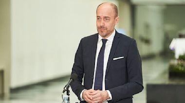 丹麥官員憂血栓副作用 禁打AZ與嬌生疫苗