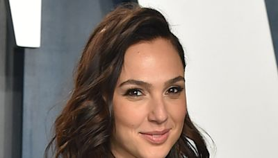 Gal Gadot Goes Rainbow in a Baby Bump-Hugging Knit Dress & Her New Favorite Thong Sandals
