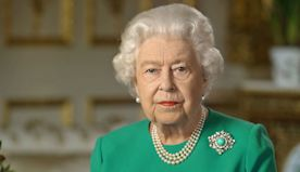 Here's How to Make the Queen of England's Birthday Cupcakes