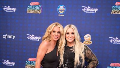 Britney Spears, Jamie Lynn Spears Are Doing A Lot Of Editing On Social Media