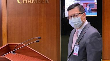 信報即時新聞 -- 鄧炳強:國安法令港獨領頭羊敗走香港