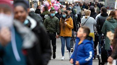 【英國疫情】連續5日新增逾7000確診 料延後解封一個月 - 香港經濟日報 - 即時新聞頻道 - 國際形勢 - 環球社會熱點