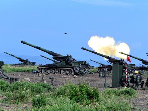 【漢光37】全島反登陸殲敵! 陸軍楓港連轟155榴砲、M109及M110自走砲--上報