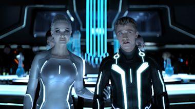 'Tron: Legacy' director Joseph Kosinski remains hopeful for 'Tron 3'