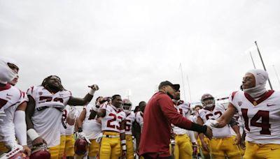 USC vs. Oregon State: Kedon Slovis returns to lead Trojans pushing for a sharp game
