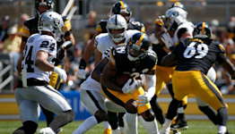 Raiders improve to 2-0 with big win at Steelers