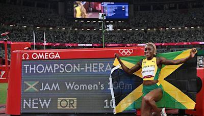 La infernal lucha contra las lesiones de Elaine Thomson-Herah, la mujer más rápida del planeta que acaba de hacer historia - La Tercera