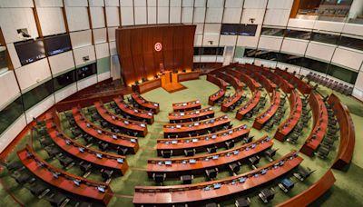 立法會選舉採用電子派票 麥美娟:職員須熟習操作