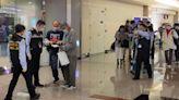 華航人道包機傍晚5時抵台 載回47國人及關島居民 | 蘋果新聞網 | 蘋果日報