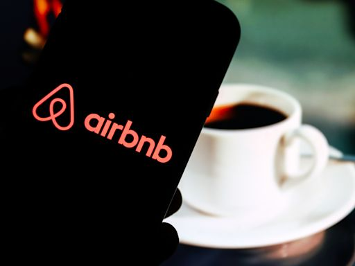 Pros and cons of investing in 5 upcoming tech IPOs from Airbnb to Roblox