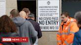 每日新增突破五萬:英國新冠確診病例為什麼居高不下?