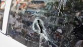 車窗遭砸破!車主調監視器發現掃地工「故佈疑陣」傻眼了