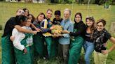 """Messina: noi, ragazzi di """"Alter Farm"""", in quell'orto cambia il mondo"""