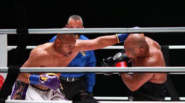 Mike Tyson-Roy Jones Jr. takeaways: Legends entertain as promoters dawdle